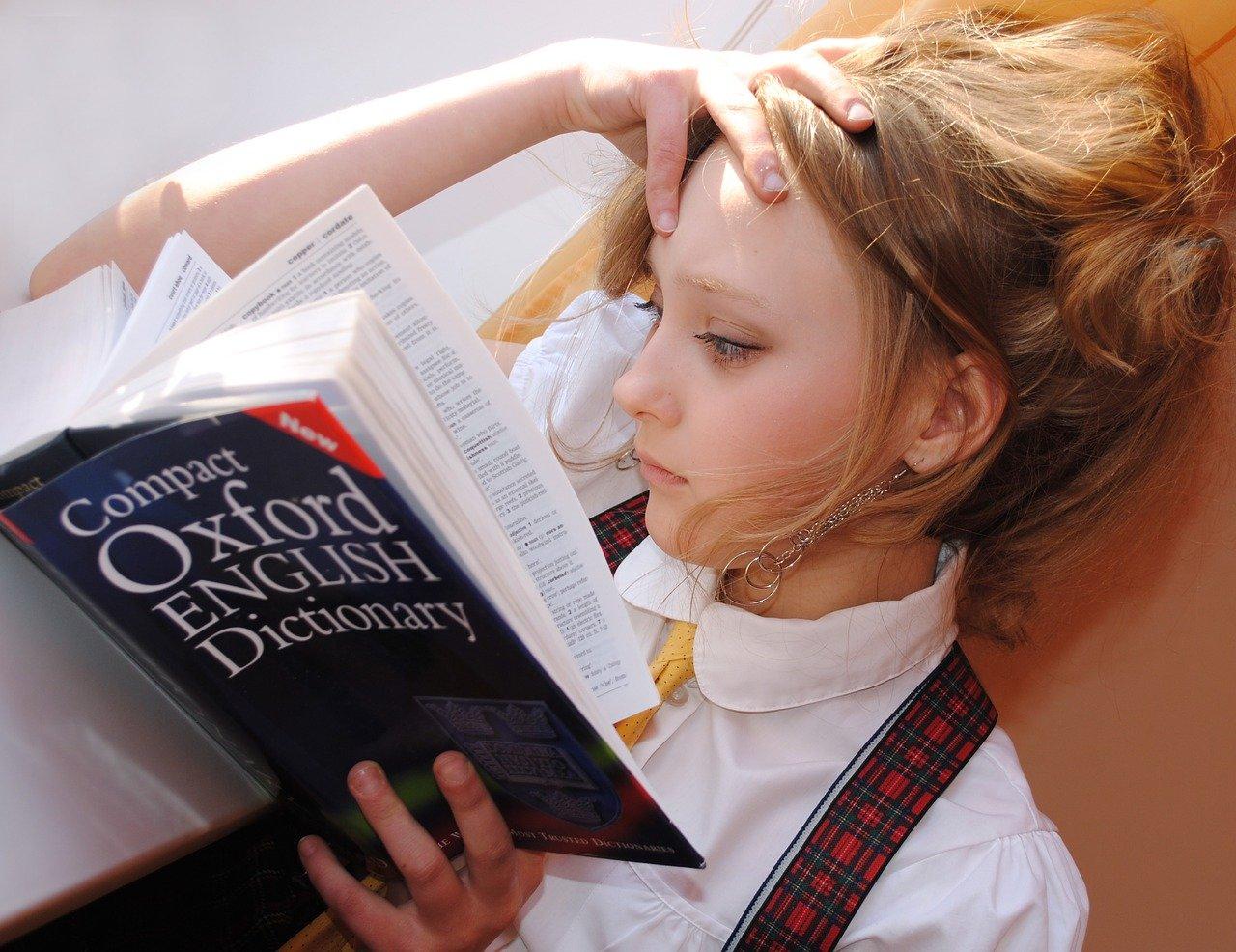 Mädchen Cambridge Englisch